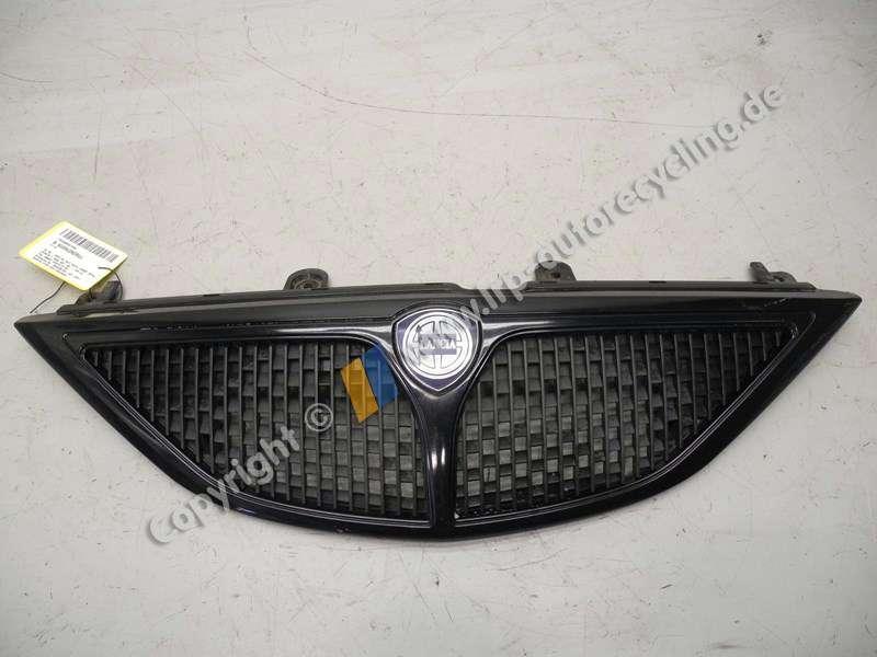 Lancia Y BJ2002 Kuehlergrill schwarz Facelift ab 10/2000