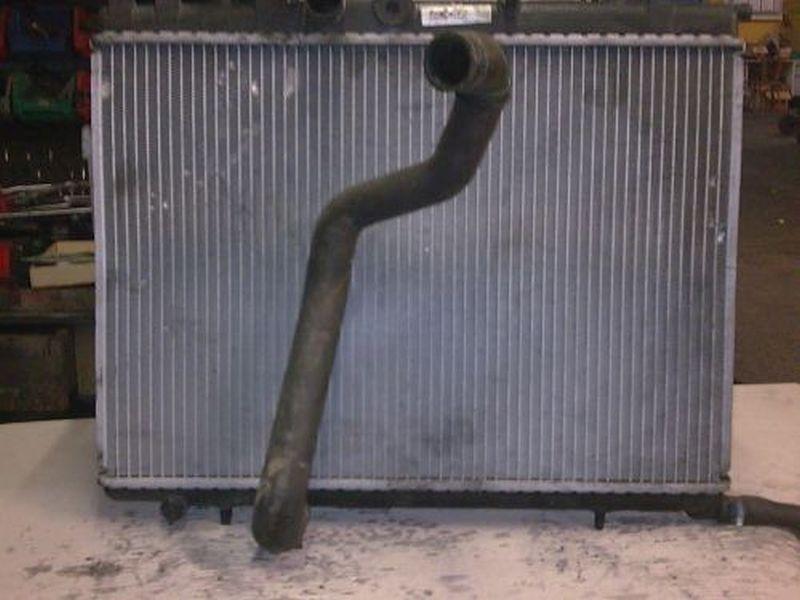 Kühler Wasserkühler PEUGEOT 307 (3A/C) 2.0 HDI 90 66 KW Bild 2
