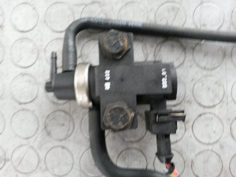 Magnetventil Turbolader  VOLVO V40 KOMBI (VW) 1.9 DI 85 KW
