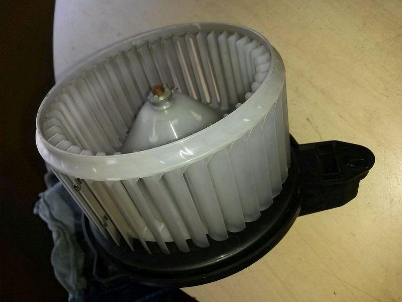 Gebläsemotor Innenraumgebläse AUDI A6 AVANT (4B, C5) 2.5 TDI V6 QUATTRO 132 KW 4B1820021B