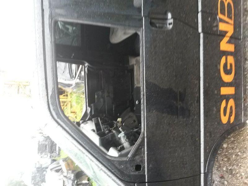 Tür links vorn  VW TRANSPORTER IV BUS 2,5 TDI 75 KW