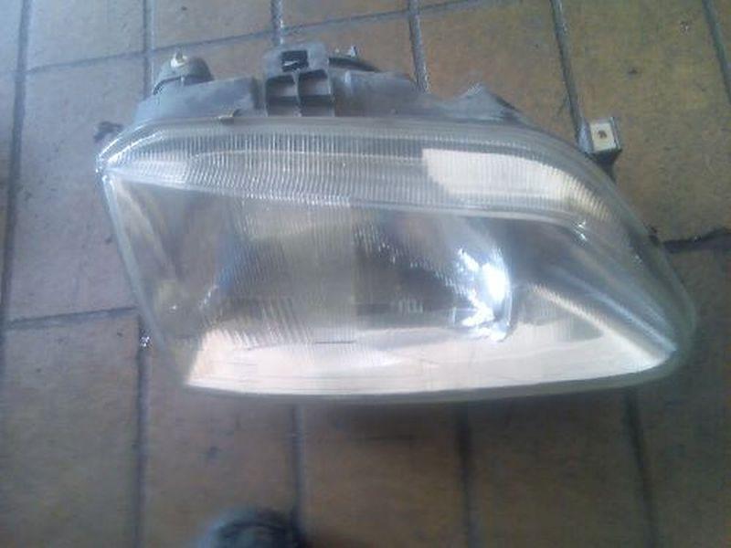 Hauptscheinwerfer rechts  RENAULT SCENIC I (JA0/1_) 1.9 DTI 72 KW