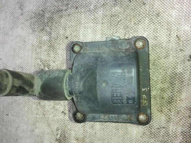 Zündspule  VW GOLF III (1H1) 1.8 66 KW 0040402001