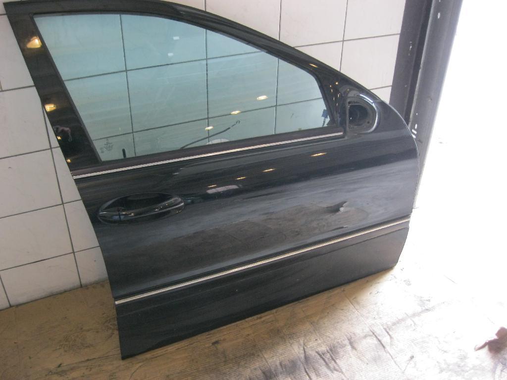 TÜR Vorn  R Mercedes-benz C 180 T Komp. Autom. Avantgarde