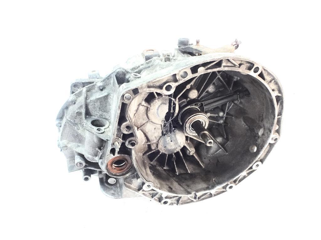 Schaltgetriebe Nissan Opel Renault Primastar Vivaro Trafic 1,9 dCi F9Q760 PK6075