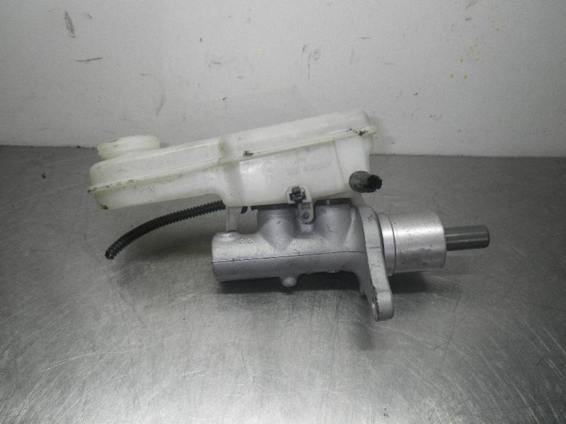 Hauptbremszylinder MITSUBISHI Colt VI (Z30) 1.3 MPI 70 kW 95 PS (06.2004-06.2012) 32067272D