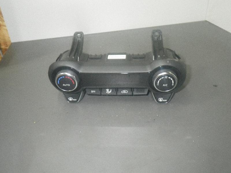 Bedienelement für Klimaanlage KIA Ceed (ED) 1.4 77 kW 105 PS (10.2010-> ) 97250H8220 Bild 1