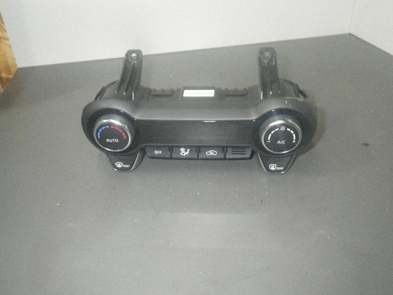 Bedienelement für Klimaanlage KIA Ceed (ED) 1.4 77 kW 105 PS (10.2010-> ) 97250H8220 Bild 2