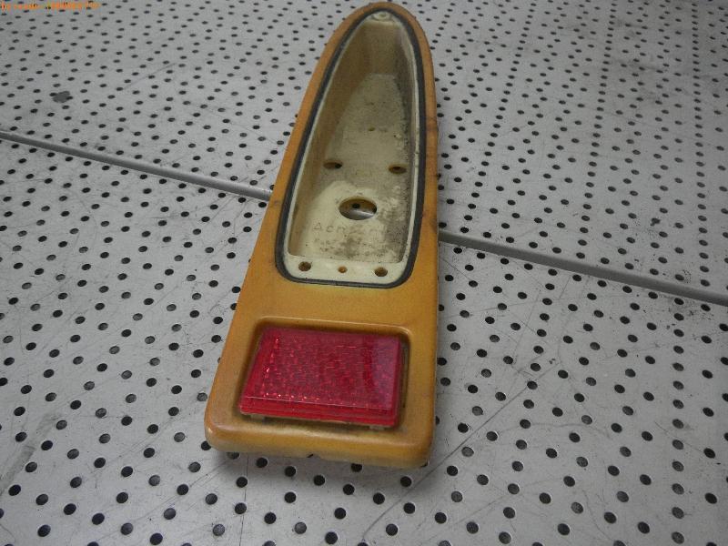Rückleuchtengehäuse TRABANT P 601 0.6 19 kW 26 PS (03.1970-04.1990)