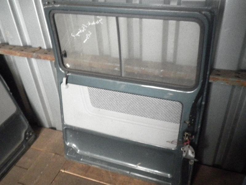 Schiebetür mit Fensterausschnitt rechts SUBARU Libero Bus 1.0 4WD 37 kW 50 PS (01.1983-12.1987) Bild 3