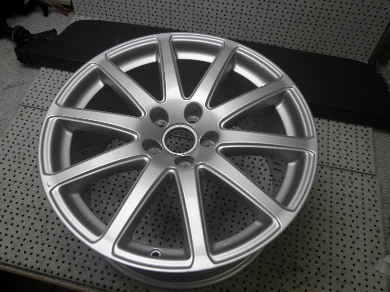 Felge Alu AUDI TT (8J) 2.0 TFSI 155 kW 211 PS (05.2010-06.2014) 8J0601025AA