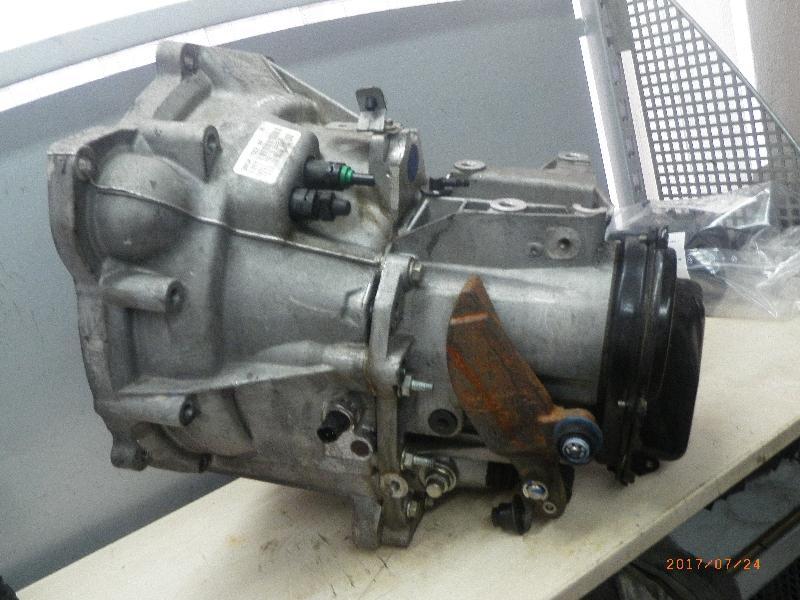 Schaltgetriebe FORD Focus II (DA3) 1.6 74 kW 101 PS (11.2004-> ) 3M5R7002NF
