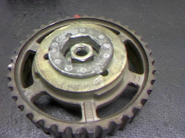 Dieseleinspritzpumpe /riemenscheibe Renault Kangoo 1870 cm%3 - 47 kW - 65 PS - 4 Kangoo Rapid 1.9 D RL Bild 2