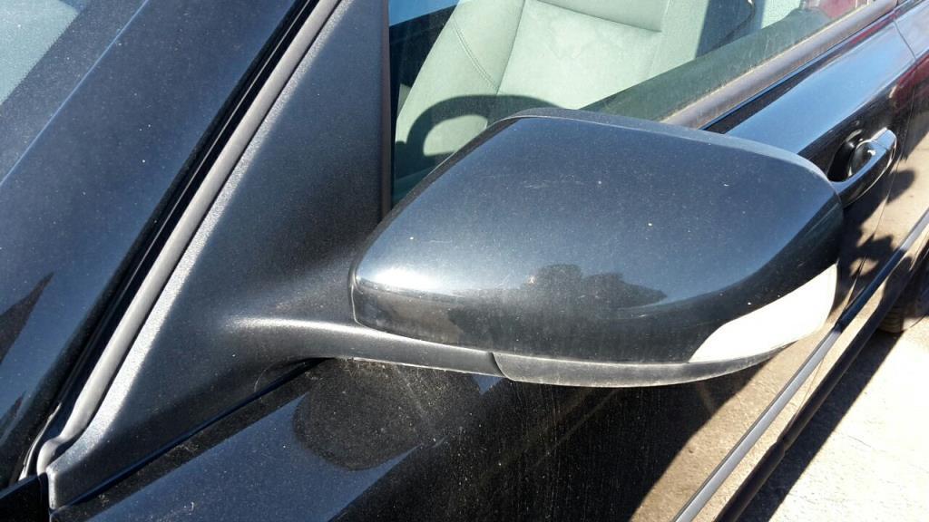 Volvo V50 Bj.06 Außenspiegel links elektrisch BLACK STONE SOLID