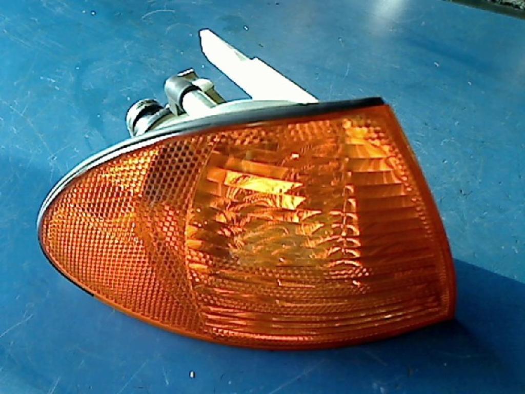 Blinker Rechts Vorne BMW 3ER 346L (E46) 0311328002