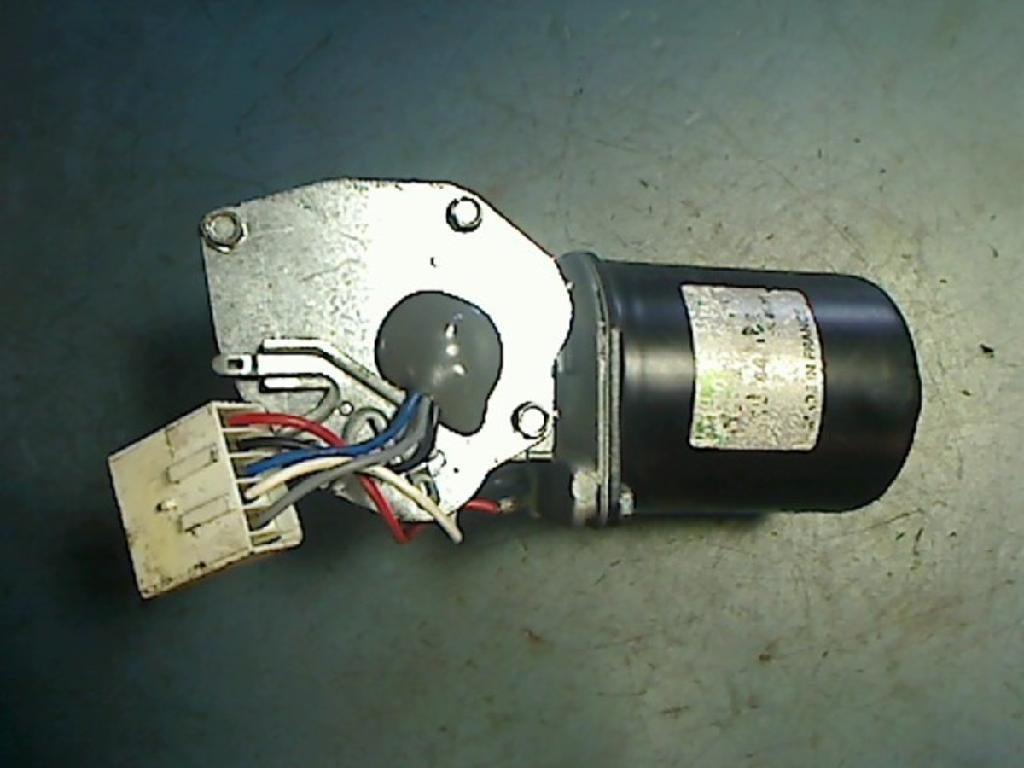 Scheibenwischermotor Vorne Citroen Saxo S