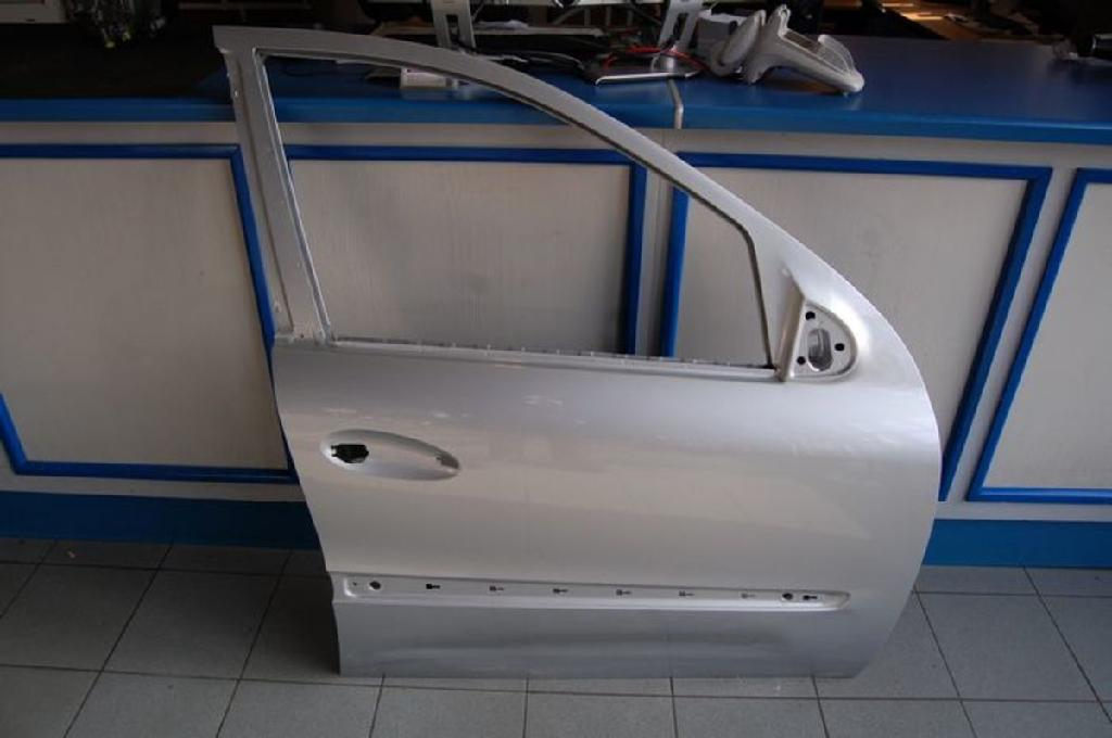 TÜR Rechts Vorne Mercedes-benz M-klasse 164 16405224