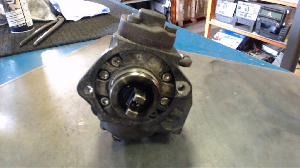 Hochdruckpumpe Ford FT 260 2,6 T - 2198 CM%3 - 81 KW - 11 HU2940000400