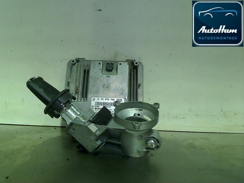 Schaltgerät für Zündanlage OPEL Corsa D 1.3 CDTI 70 kW 95 PS (06.2010-> ) 55573706