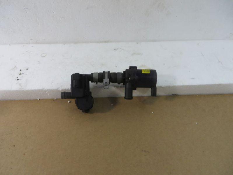 Wasserpumpe Zusatzwasserpumpe mit Heizungsventil VW TOUAREG (7P5) 3.0 V6 TDI 180 KW 7PP819810A7L0965561L