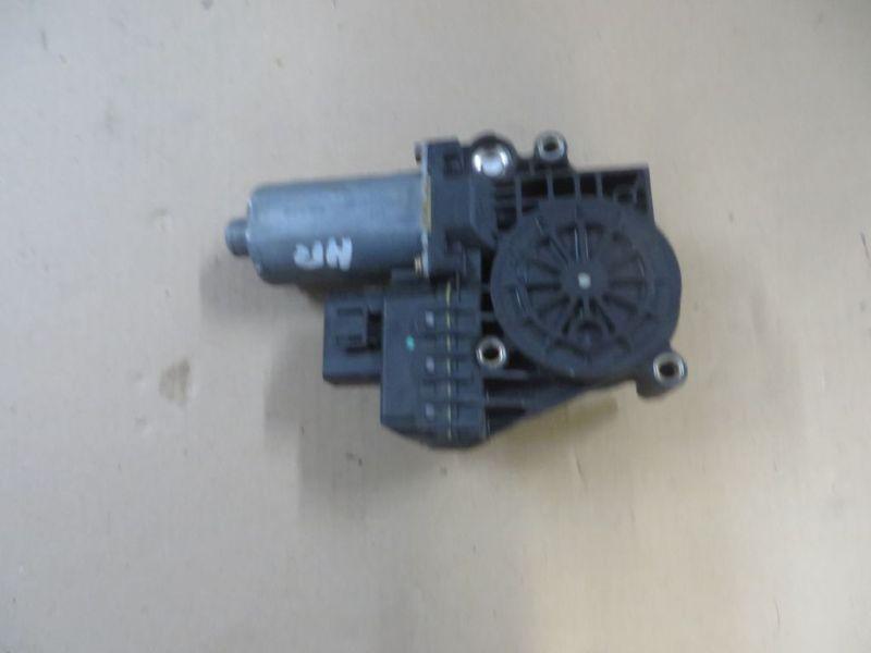 Motor Fensterheber rechts hinten AUDI A6 (4B, C5) 1.8 85 KW 4B0959802B Bild 2