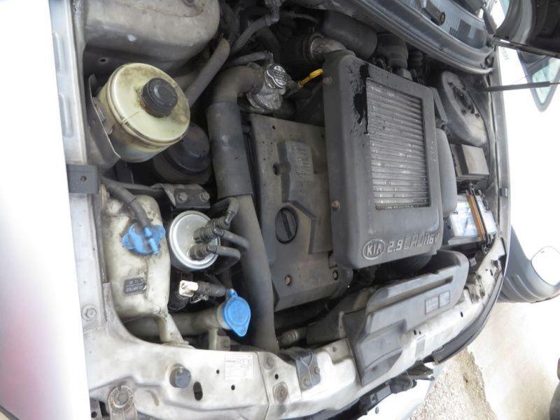 Motor mit Anbauteile vorne J3 KIA CARNIVAL II (GQ) 2.9 CRDI 106 KW Bild 3