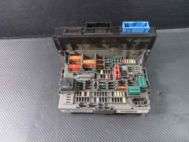 Sicherungskasten  BMW 3 TOURING (E91) 318D 105 KW 911944604