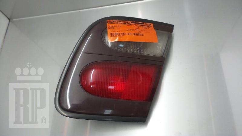 Rückleuchte rechts NISSAN Almera I Hatchback (N15) 2.0 D 55 kW 75 PS (11.1995-03.2000)