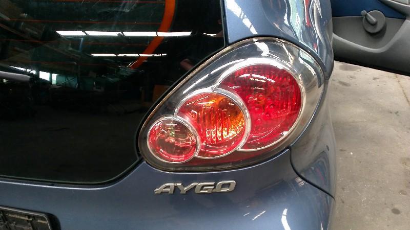 Rückleuchte rechts TOYOTA Aygo (AB1) 1.0 50 kW 68 PS (07.2005-> )