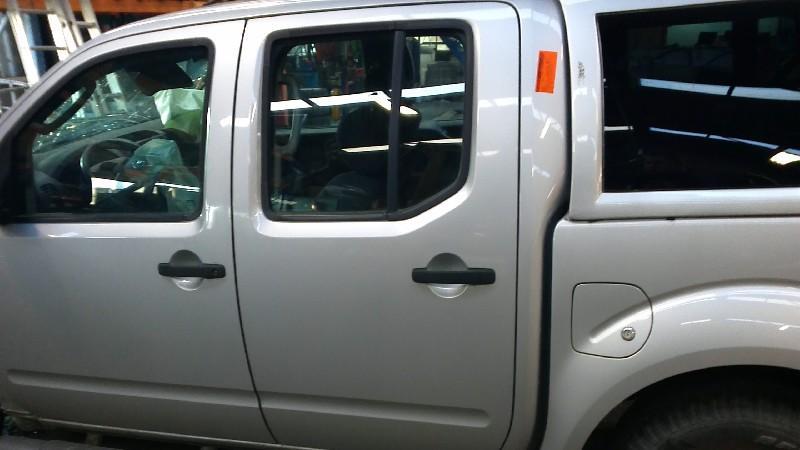 Tür links hinten NISSAN Navara (D40) 2.5 dCi 4WD 126 kW 171 PS (10.2006-> )