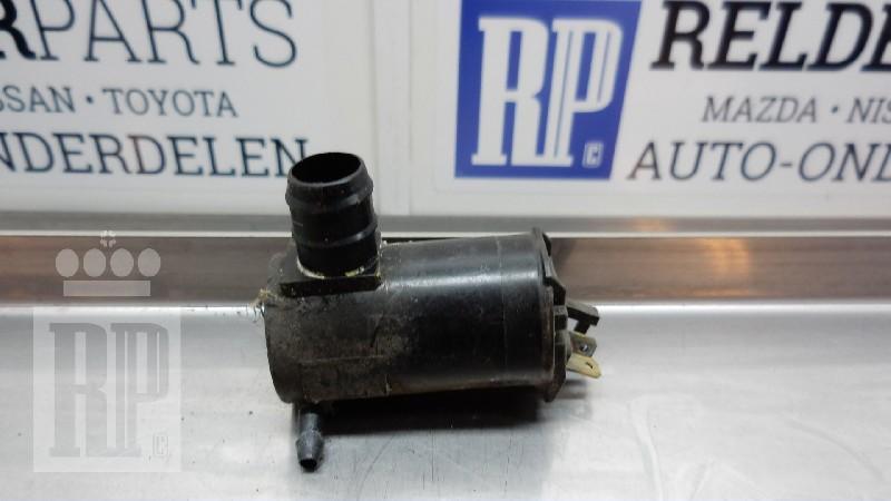 Scheibenwaschanlagenpumpe MAZDA 323 C V (BA) 1.3 16V 54 kW 73 PS (08.1994-09.1998)