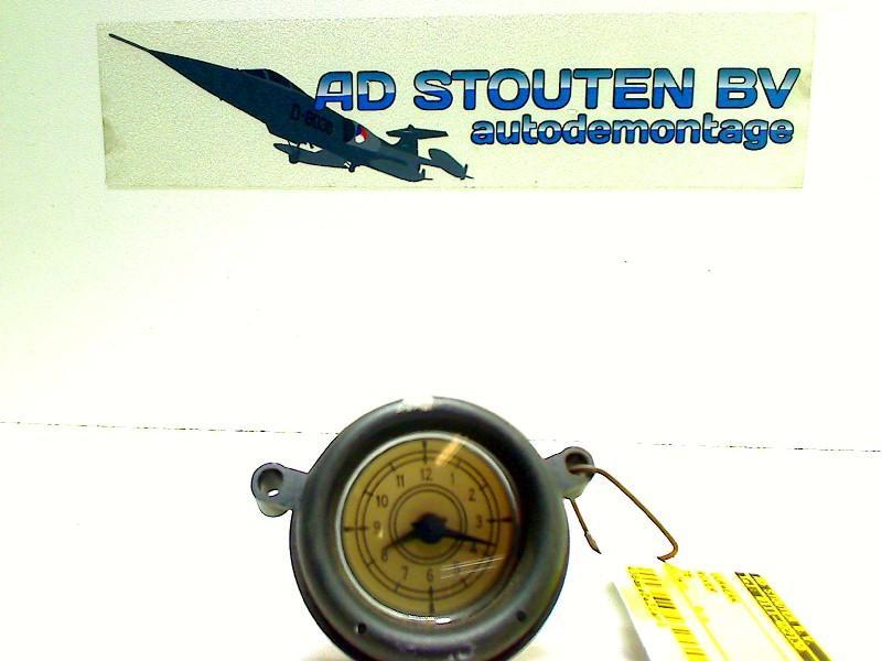 Uhr ROVER 75 2.0 CTD 85 kW 116 PS (02.1999-05.2005) Bild 1