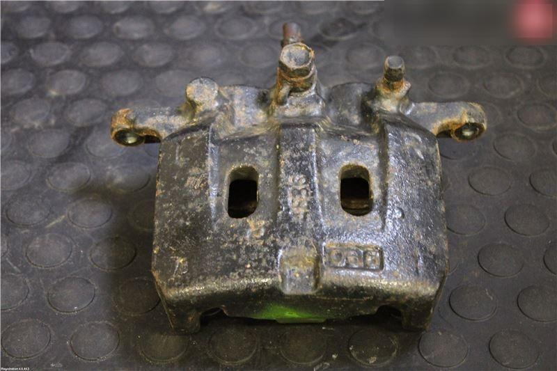 Bremssattel vorne rechts ISUZU D-MAX I (TFR, TFS) 8980065371