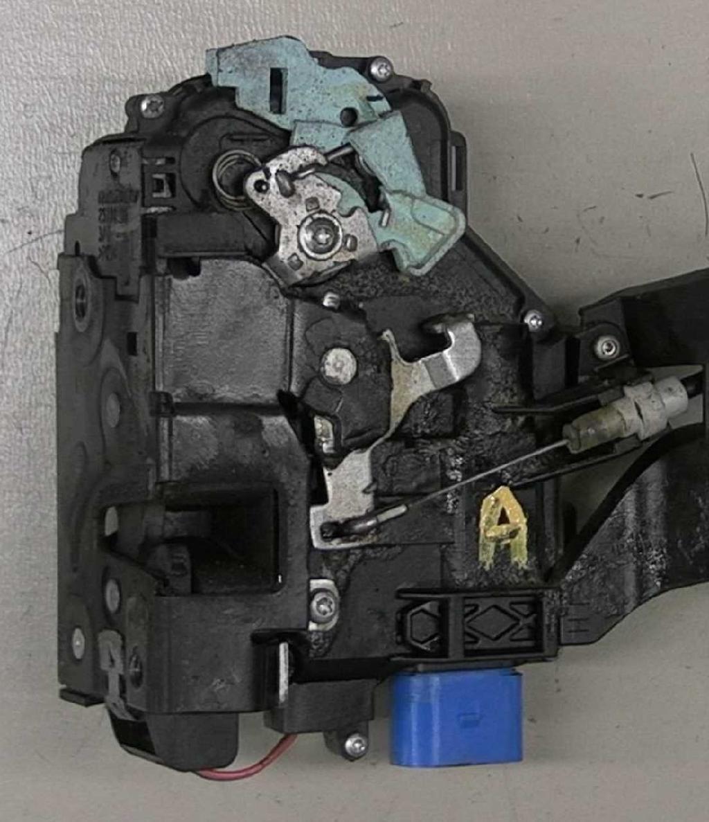 Zentralverriegelung VW TOUAREG (7LA, 7L6, 7L7) 3D1837015AB