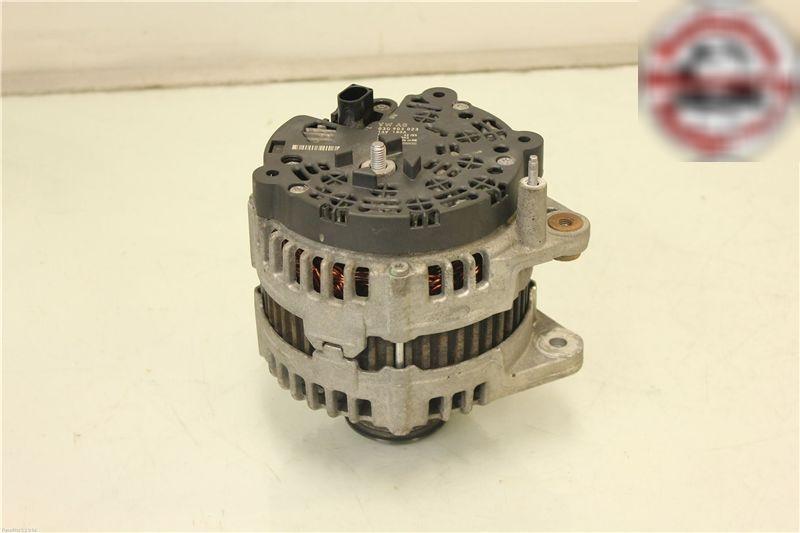 Lichtmaschine VW PASSAT Variant (3C5) 0121715003